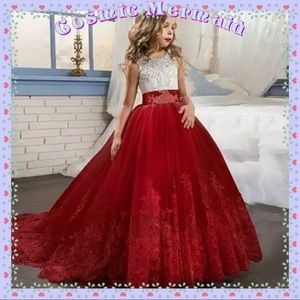 🆕❤️Red & White Princess Floral Lace Bow Gown❤️